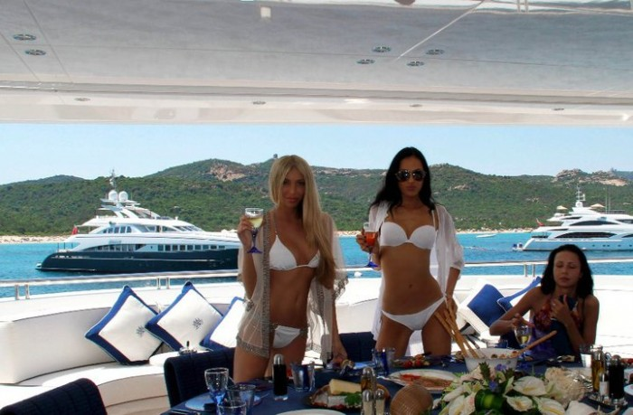 How do the girls afford a Jetset lifestyle?