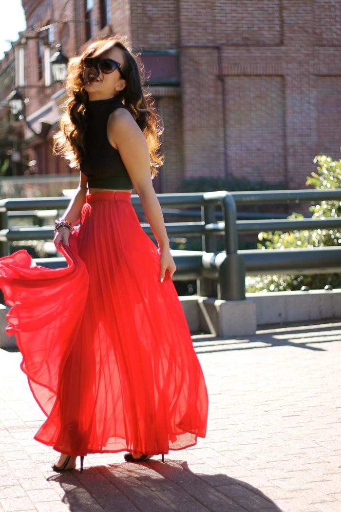 25 maxi skirt outfits ideas