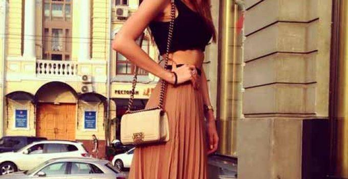 dariakonovalova posing for instagram