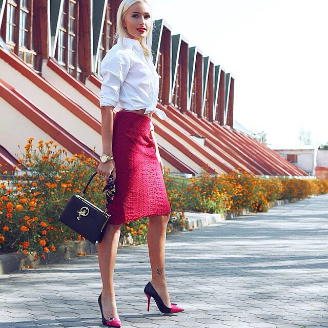 @natucci1 #officewear #pencilskirt #streetfashion #streetstyle #fashionista #fashion #fashionblog #fashionblogger #blog #blogger #blessed #sexy #jetset #jetsetbabe #lookoftheday #bestoutfit #bestdressed #swag #stylish #luxuryblog #luxury #luxuryfashion #designer #elegant #chic #glamour #repost
