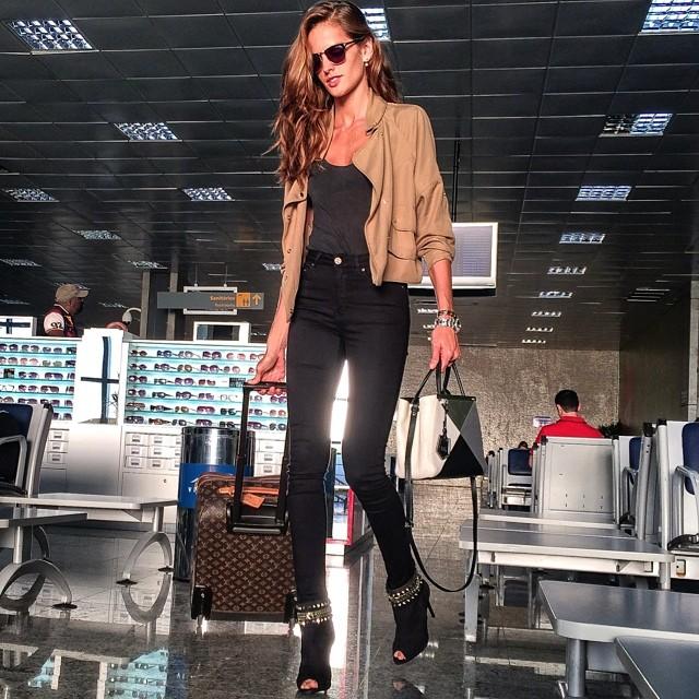 Travel like a Jet set Babe