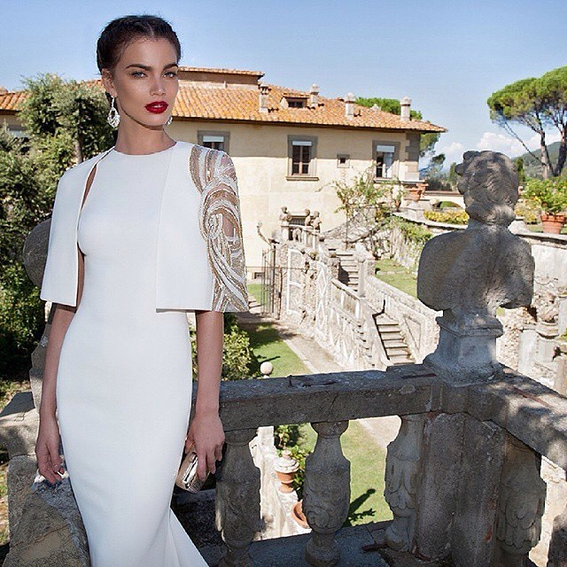 So beautiful! ?@tarik_ediz_baku #gown #jetsetbabe #luxury #hautecouture