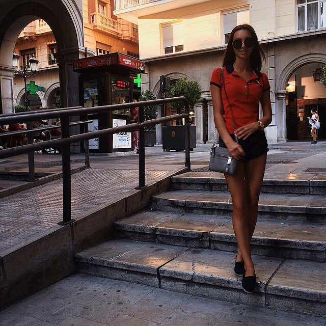Ahh summer feelings! ? @lipkine #jetsetbabe #summer #casual #streetstyle