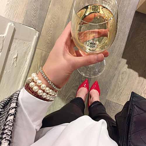 evgeniyatarletskaya with a glass of wine