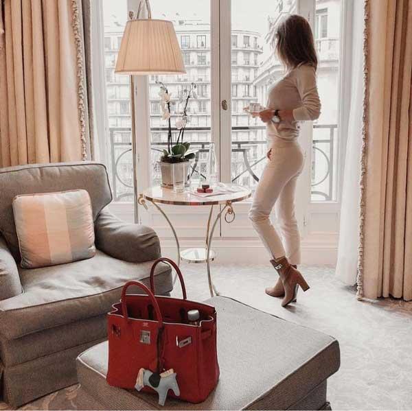 veronikaorchid in hotel four seasons
