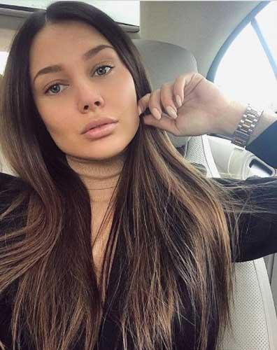 monomur_fit elegant in a car